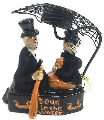 Yankee Candle Boney Bunch 2011 Love Boat Dead in the Water Halloween Holder