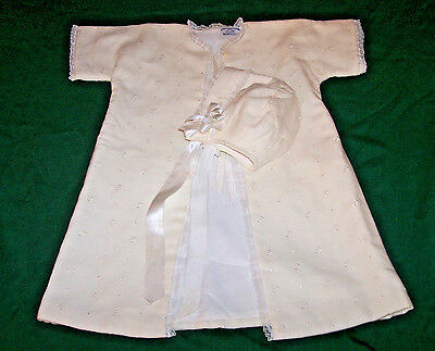 VINTAGE INFANT CHRISTENING ROBE, BONNET, BOBBIN LACE, w/TAG: BEST & CO., c1950
