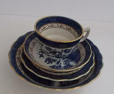 """Booths """"Real Old Willow"""" Fruit Bowl,Dessert/Soup Bowl,Cup and Saucer."""