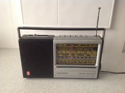 Vintage, Grundig Melody Boy 600 Mains/ Battery (1974/5).
