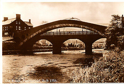 GLAMORGAN - RP Postcard of Old Bridge, PONTYPRIDD - 1940s ??