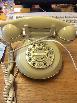 Vintage Old Cream Coloured Home Phone with old fashioned Dials VGC RARE