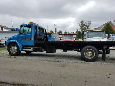 1999 Freightliner Flat Bed Tow Truck