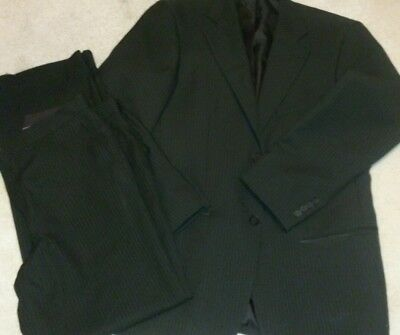 Mens pinstripe suit small