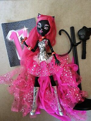 poupée Monster high Catty noir