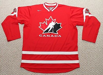 Nike Team Canada Hockey Jersey - Mens Large - Red