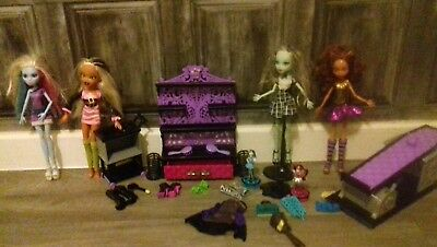 Monster High Bundle + Brats Doll