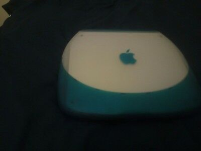 Apple Ibook g3 osx clamshell perfect  with charger bundle