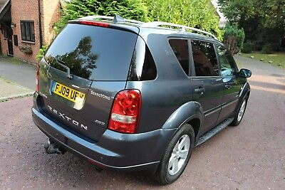 2009 Ssangyong Rexton 2.7 Diesel Automatic/  1 Keeper From New/ 1 Year New Mot