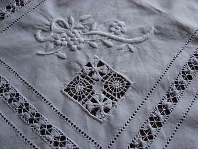 Vintage White Cotton Table Mat,Centre~Drawnthread and Hand Embroidery~22 x 16ins