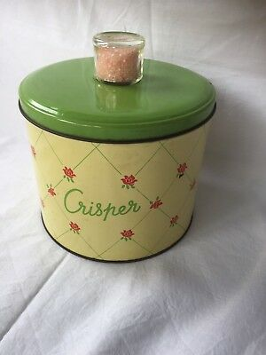 Vintage Red Roses Apple Green Crisper Willow Biscuit Tin