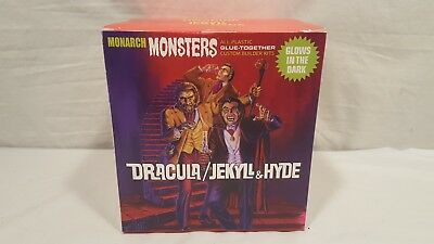 New Monarch Monster Dracula and Dr Jekyll & Mr Hyde Glow Diorama Model Kit 1/13