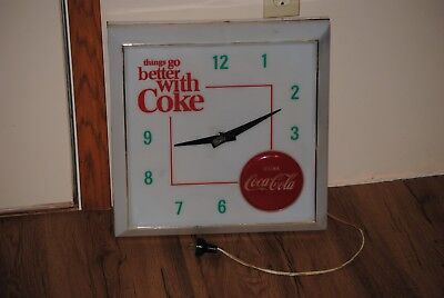 1960s THINGS GO BETTER WITH COKE CLOCK WORKS LIGHTS UP DRINK COCA COLA PLASTIC