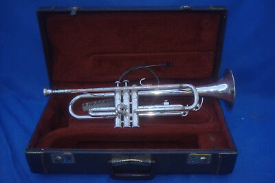 Vtg Yamaha Silver Trumpet Mdl Ytr-232S W/ #11 Mouthpiece!! Sn 142177A Sold As-Is