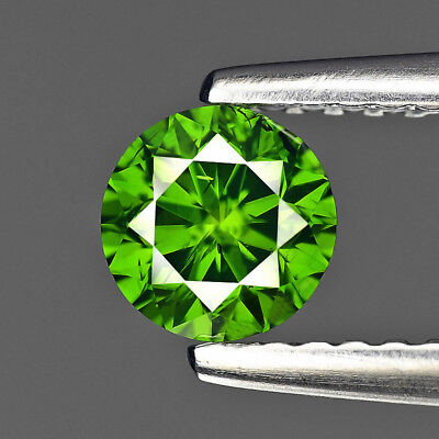 Parrot Green Diamond Round 0.51 cts Loose Diamond Fancy Natural F692