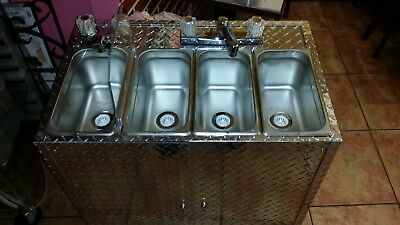 Medium Size Portable Self Contained 4 Compartment Sink ,  Food Truck  Hot Water