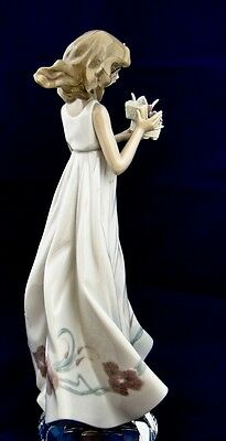 Lladro Figurine - BUTTERFLY TREASURES - #010.06777 - w/Box ** CYBER MONDAY ....