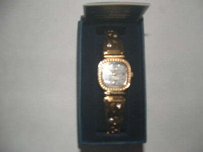 FOOTPRINTS IN THE SAND LADIES GOLD WATCH.(The Danbury Mint)NEW>LQQK>