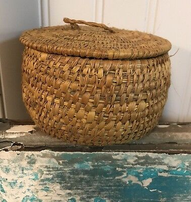 Small VINTAGE  BASKET Tightly Woven With Lid