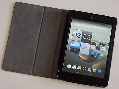 Acer Iconia A1-810 16GB, Wi-Fi, 7.9in bundled with Slimbook leather case