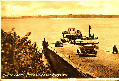 MONMOUTHSHIRE - 1930s Postcard of Aust Ferry, Beachey, Chepstow (Vintage Cars)