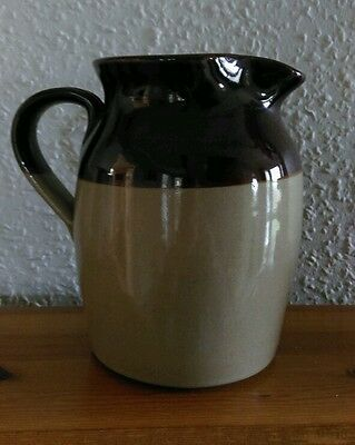 Pearsons of Chesterfield 2 pint stoneware jug