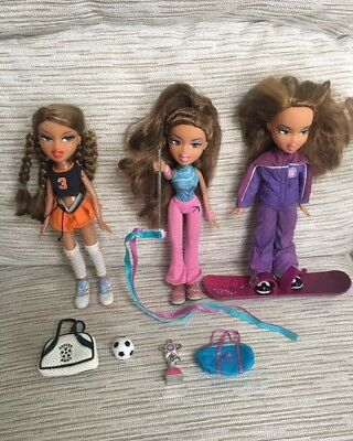 Tm Bratz Dolls Bundle 3 Play Sportz with Accessories Collectables