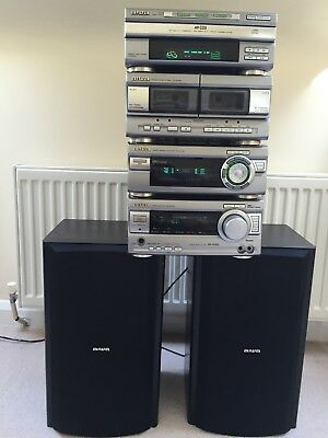 aiwa stackable hifi digital audio system XR-H1000, speakers included.