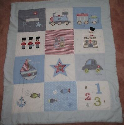 Baby Boys Cot Quilt - 4 Tog