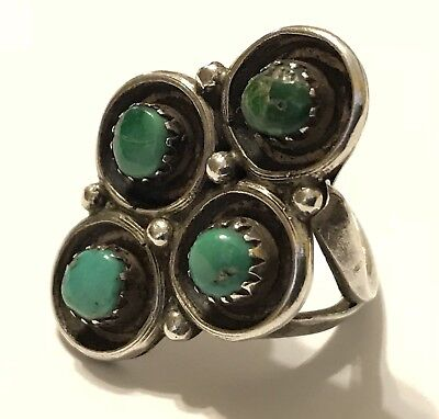 Old Pawn Handmade Zuni Sterling Silver & Snake Eyes Turquoise Ring (Sz. 6.5)