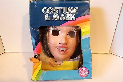 1982 Ben Cooper Snow White Halloween Costume & Mask in Box