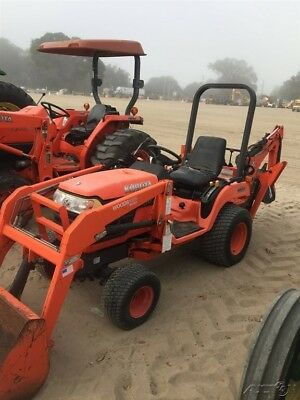 2005 Kubota BX2230 Compact Tractor Loader Backhoe! Coming in Soon!