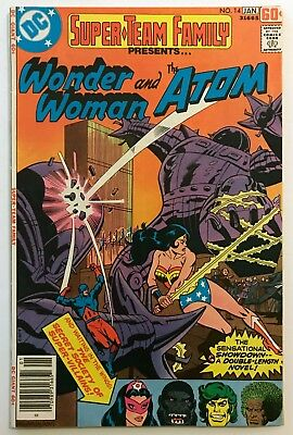 SUPER TEAM FAMILY #14 DC Comic (1/78) Wonder Woman, Atom, Gorilla Grodd