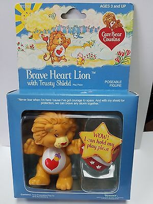 Vintage BRAVE HEART LION w/ Accessory Care Bear Poseable MINT In BOX PVC Cousin