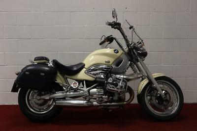 BMW R1200C ** Leather Panniers - Engine Bars - Brembo Brakes **