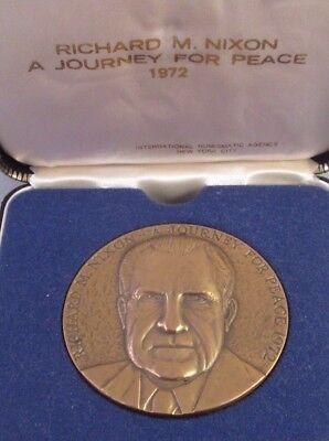 Vintage 1972 RICHARD NIXON A JOURNEY FOR PEACE BRONZE MEDAL w/CASE Medallic Art