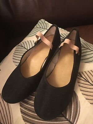 Character dance shoes size 3