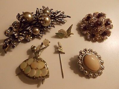 Collection of Vintage 1950s Brooches & Pins - 6 in Total