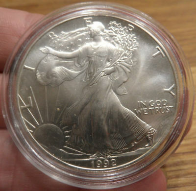 1992 American USA 1 Troy Ounce of Pure Silver $1 One Dollar Liberty Eagle Coin