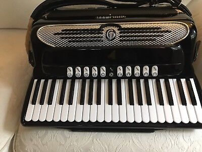 Giulietti F 115 , 4 reeds LMMH 41/120, excellent condition no issues