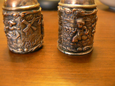 -Vintage SILVER PLATE SALT & PEPPER SHAKERS. VERY OLD!