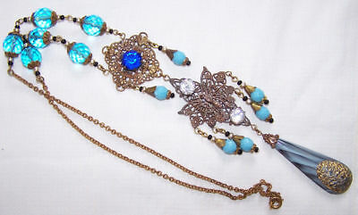 Lovely vintage 1940s Czech Vintage Art Deco aqua Glass butterfly necklace