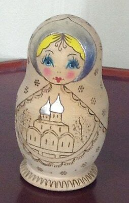 Russian Nesting Dolls Wood - 4 Doll Levels - See Photos
