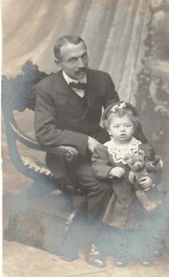 Post Card / Fillette et son père Circa 1900