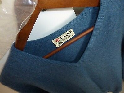 VINTAGE PRINGLE Blue V Neck Long Sleeved 100% Cashmere Jumper Size 40""