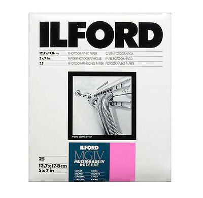 "Ilford 5 x 7"" Multigrade IV RC Deluxe B&W Paper, Glossy Surface, 25 Sheets"