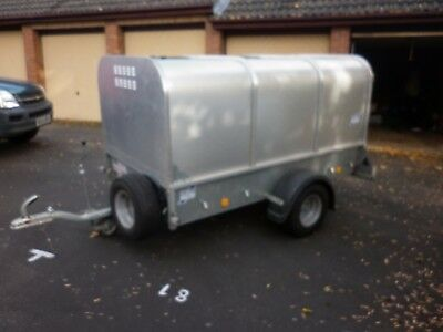 Ifor Williams Livestock Trailer p7e canopy cover and ramp with tailgate