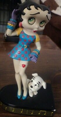 "Betty Boop ""BETTY SINGS THE BLUES "" Danbury Mint Figurine"