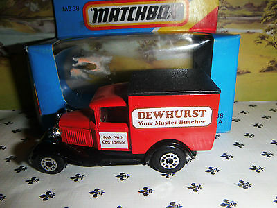 Matchbox Model MB38   Dewhurst Red   Van  Black   Roof  small  Scale