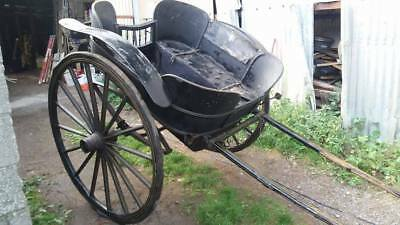Governess cart very rare bell bottom to suit a horse
